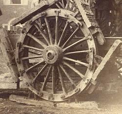 1880 Human-powered tractor with dreadnaught wheels - photo-u1noity.jpg122.jpg