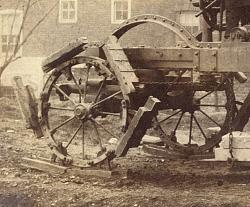 1880 Human-powered tractor with dreadnaught wheels - photo-u1noity.jpg2211.jpg