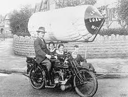 1917 natural gas-powered taxi - photo-natgas.jpg