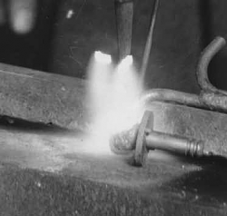 1929 one-armed blacksmith prosthetic arm - photo-screen-shot-2019-06-02-6.19.10-am.png