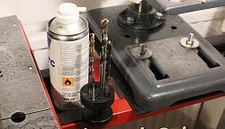 3D-print dremel / drill bit holde...-hold.jpg
