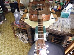 Acoustic Guitar vise-014.jpg