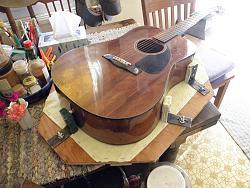 Acoustic Guitar vise-015.jpg