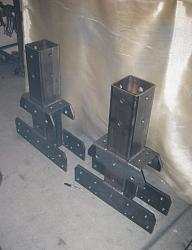 Adjustable Height Gantry Hoist-center-bolt-mounts.jpg