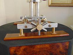 Adjustable stand, heavy-dsc06711_1600x1200.jpg