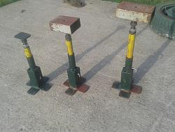 Adjustable Stands.-1.jpg