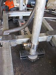 Alaskan style slabbing mill-8.-movable-chain-bar-clamp-img_0759.jpg