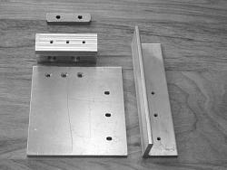 Band Saw Out Feed Table-07-parts-ready-assemble.jpeg