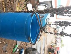 Barrel lift and carry handling clamp-20160818_145937c.jpg