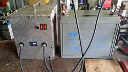 Battery charger out of a Microwave Oven Transformer-front-finished1.jpg