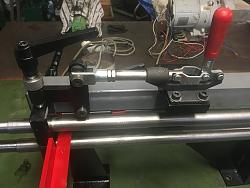 Bead roller-die-clamping-closed.jpg