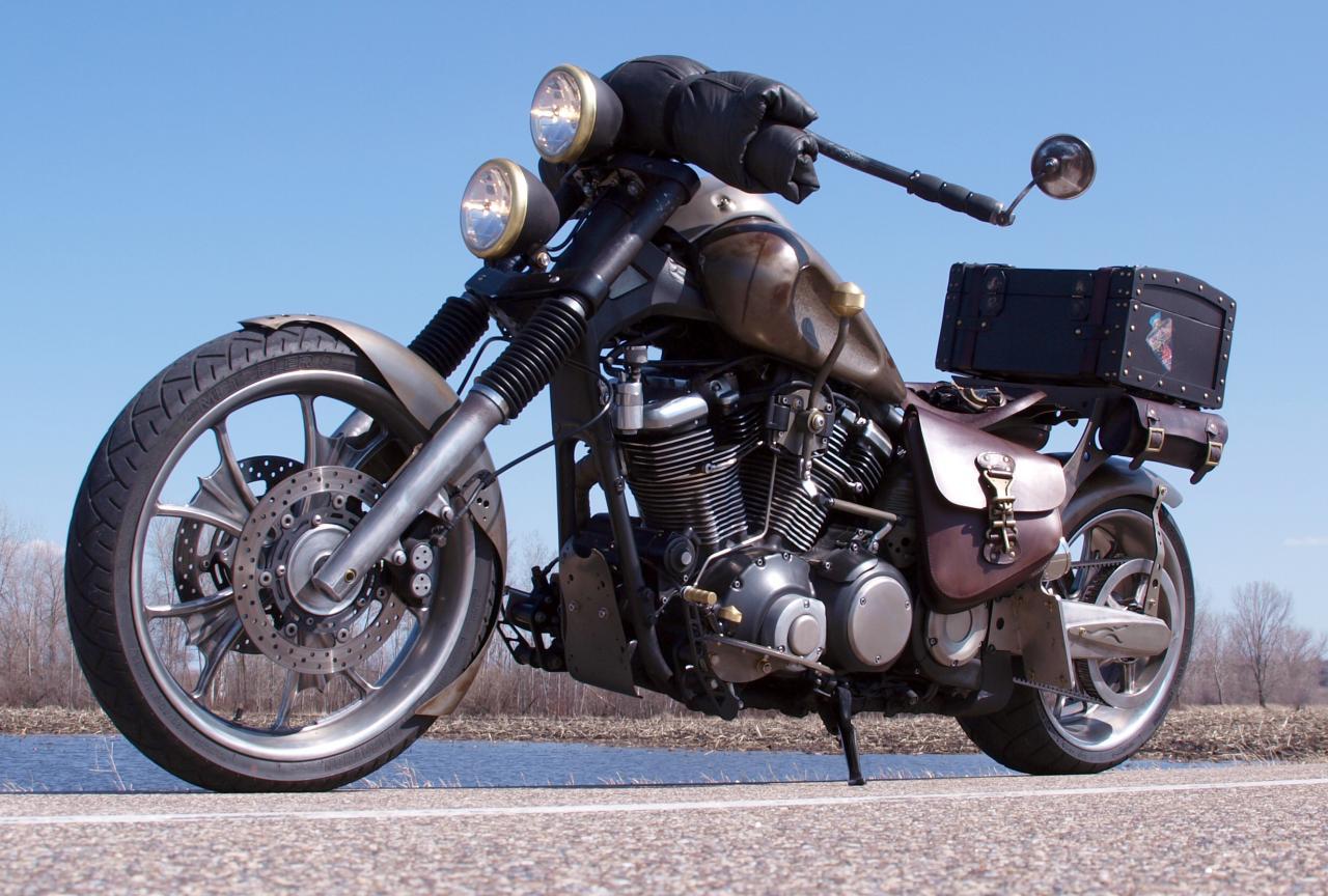 BikeBuilds Yamaha Road Star Raider Bobber Build By Wolfraider Gwsi4