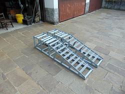 Car ramps - under construction-13323582_10209449392094435_2273465438980586069_o.jpg