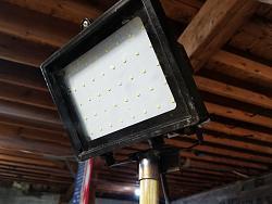 Cheap, simple telescoping led light fixture-20180319_181350.jpg