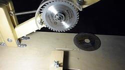 Circular saw with your hands-p1020651.jpg