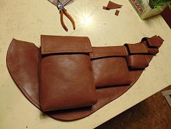 Condoms carry leather chest bag-dsc02689_1600x1200.jpg