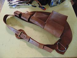 Condoms carry leather chest bag-dsc02715_1600x1200.jpg
