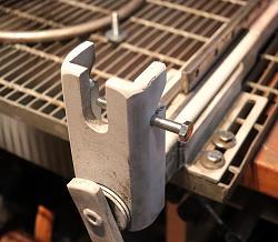 Cutting bench / vise / clamp-1.jpg