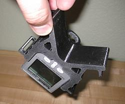 Digital Angle Pipe Marker 3D-Printed Mount-holds-tight-upside-down.jpg