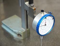 Digital or dial indicator on height gauge-gauge-height-03.jpg