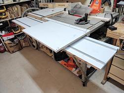 DIY SLIDER FOR TABLE SAW-slider-supporing-board-1-.jpg