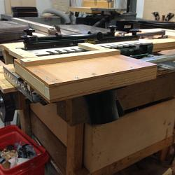 Dovetail sliding table with dust collection-01968c992b5849f215d3c3a09fd8060f15c80b284a_00001.jpg