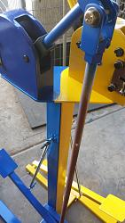 Foot operated stand for shrinker/stretcher-20150802_185116.jpg