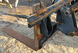 Fork carriage for my Ford 755-20170116_172654a.jpg