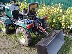 Garden  mini tractor 4x4-10092013432.jpg