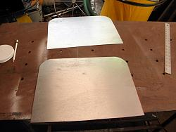 GRIZZLY BAND SAW   GO555LRVN MODIFICATION base doors.-006.jpg