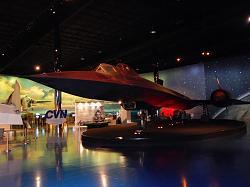 Guy visits all SR-71 Blackbird planes - photos-sr-71b-2.jpg