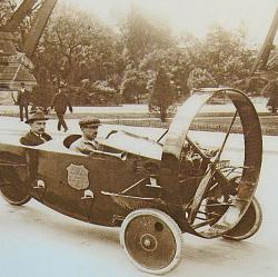 The Hélica: The Car that Dreamed it was a Plane-helicia1.jpg