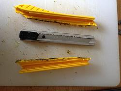 Hammer Tacker / Razor Knife Hybrid Tool (AKA Tack 'n' Slice)-img_2665.jpg