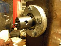 Home Made Head Stock Wood Lathe-Bering holders.-017.jpg