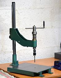Homemade hand thread tapping machine.-tapping01.jpg