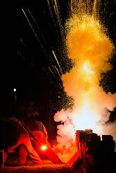 Homemade induction furnace pouring iron - video-jerry_durand-2.jpg