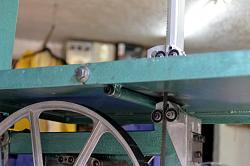Homemade vertical bandsaw.-undertable-01.jpg