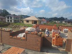 The house next door...or how to NOT build a house-2019-09-05_walls-2.jpeg