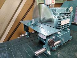I like to do bench grinders-bench-grinder-1100-wat-_-017.jpg