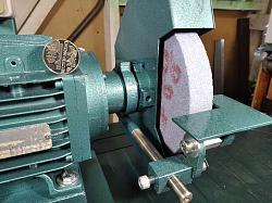 I like to do bench grinders-bench-grinder-1100-wat-_-046.jpg