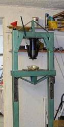 Inverting an hydraulic jack for a workshop press.-bracing.jpg