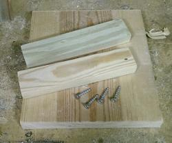 Keeping it simple, a bench hook-parts1-300x251.jpg