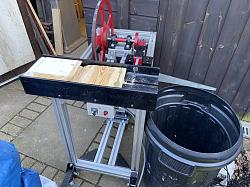 Kindle cutting machine-a6d802c7-c1a1-402a-a946-0fb6a0582f21.jpeg