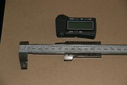 "Lathe DRO from Digital Caliper .. 10 Bucks .. 6"" caliper has range of entire 16"" bed-img_1124.jpg"