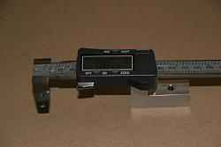 "Lathe DRO from Digital Caliper .. 10 Bucks .. 6"" caliper has range of entire 16"" bed-img_1127.jpg"