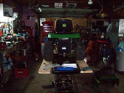 lawn tractor lift-101_1189.jpg