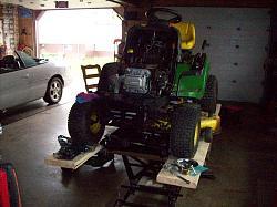 lawn tractor lift-101_1190.jpg