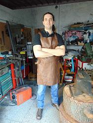Leather apron-dsc01093_900x1200.jpg