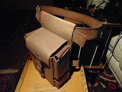 Leather leg bag-dsc01907_1600x1200.jpg