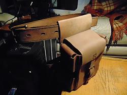 Leather leg bag-dsc01909_1600x1200.jpg